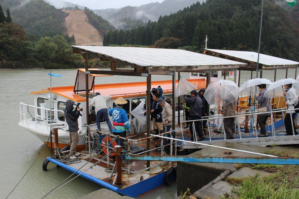 【台風19号】阿賀野川の遊覧船が10日ぶりに運航再開 新潟
