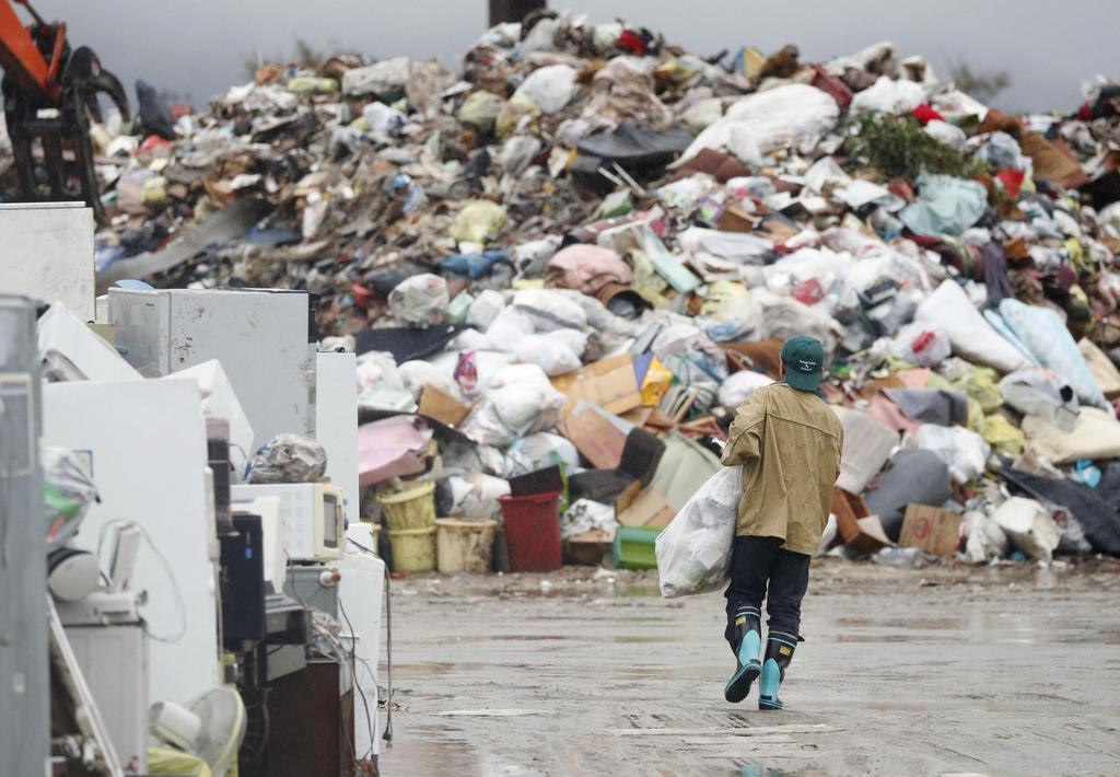【台風19号】死者は13都県84人に 被災地に雨、断水4万戸
