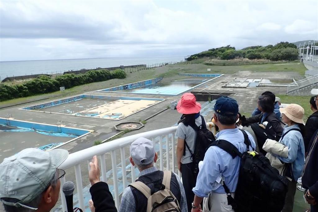 プール跡地整備に揺れる神奈川県平塚市 高潮など防災面で不安の…