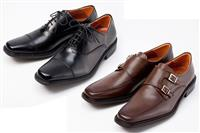 神戸の革靴職人が作る、ゆったり幅広なのに細身に見えるビジネスシューズ