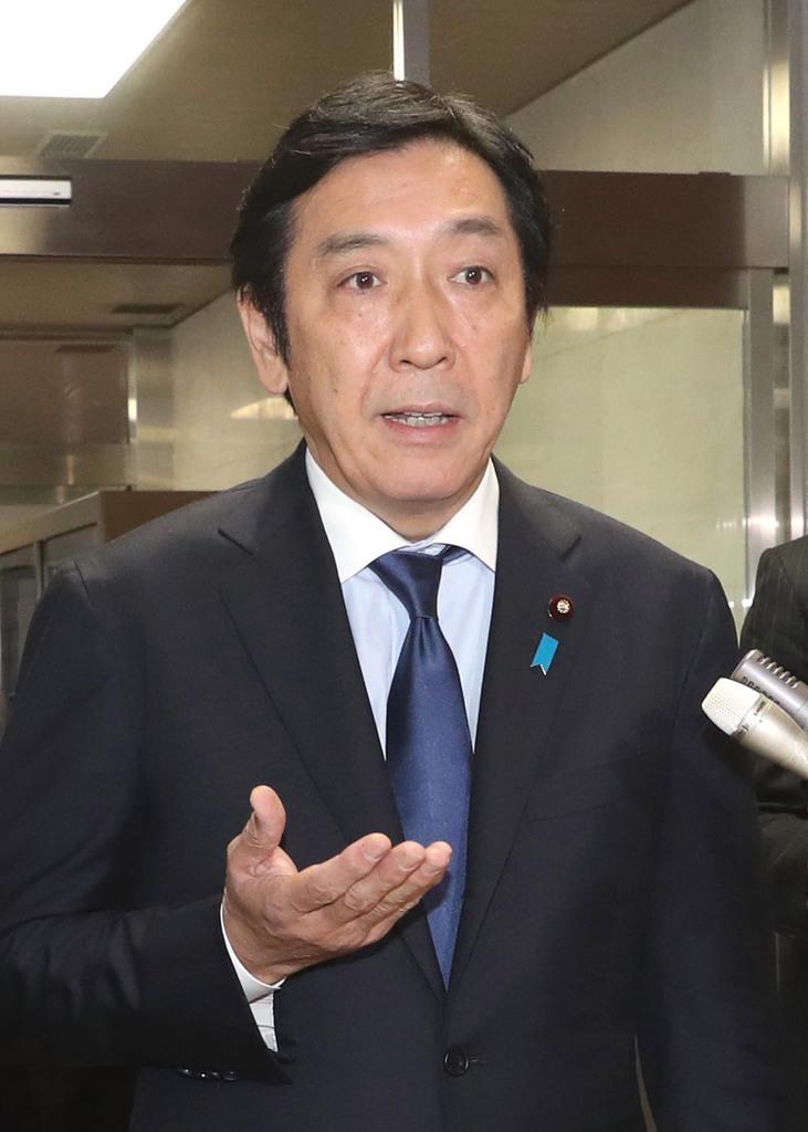 菅原経産相が石油連盟会長と懇談 報道陣に香典問題には応じず