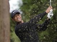 ウッズら64で首位発進、松山1打差 ZOZOゴルフ