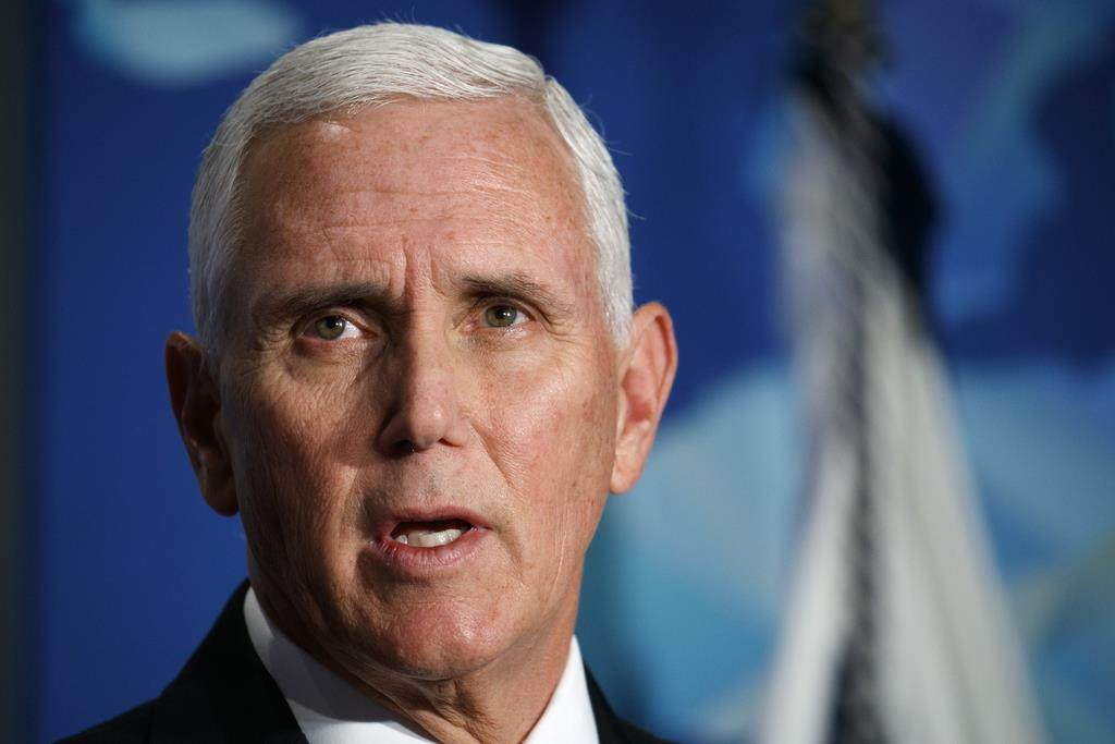 ワシントンの政策研究機関で演説するペンス米副大統領=24日(AP)