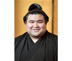 大関高安関、演歌歌手の杜このみさんと婚約