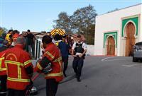モスク前で発砲2人重傷 仏南西部、元極右候補拘束