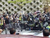 【マーライオンの目】香港デモに垣間見える「無力感」