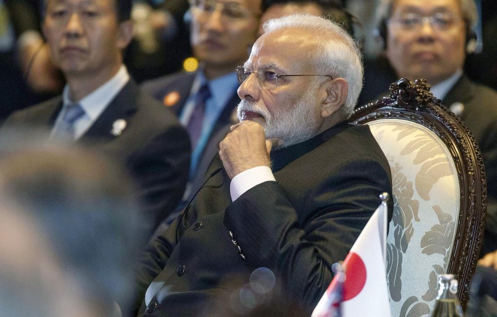 RCEPの首脳会議に出席したインドのモディ首相=4日(AP)
