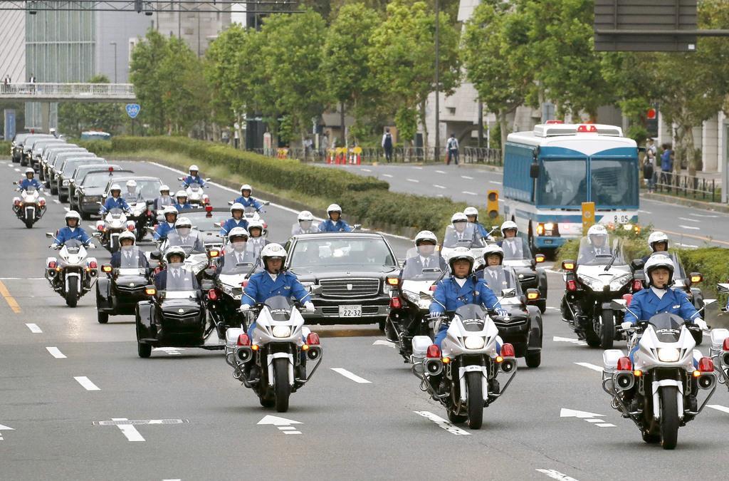 天皇陛下の即位を祝うパレードのリハーサル=10月6日、東京都港区