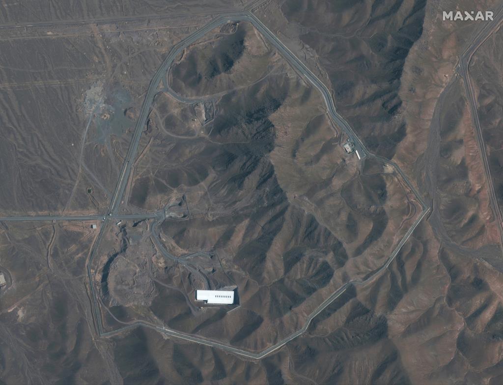 イラン中部のフォルドゥにある原子力施設(AP)