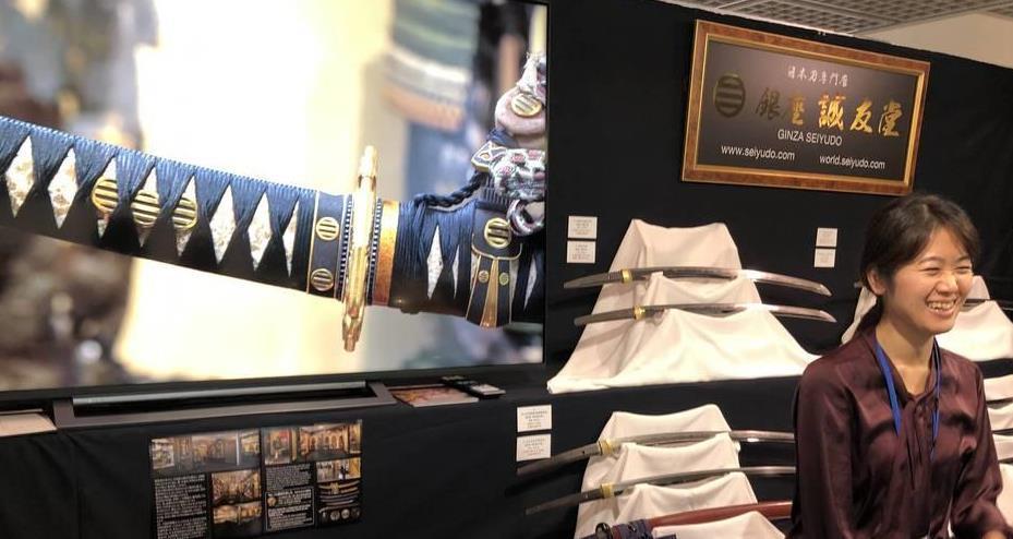 「大刀剣市2019」では鎌倉時代の名刀など2000振近くが展示、販売された=1日、東京都港区(高原大観撮影)