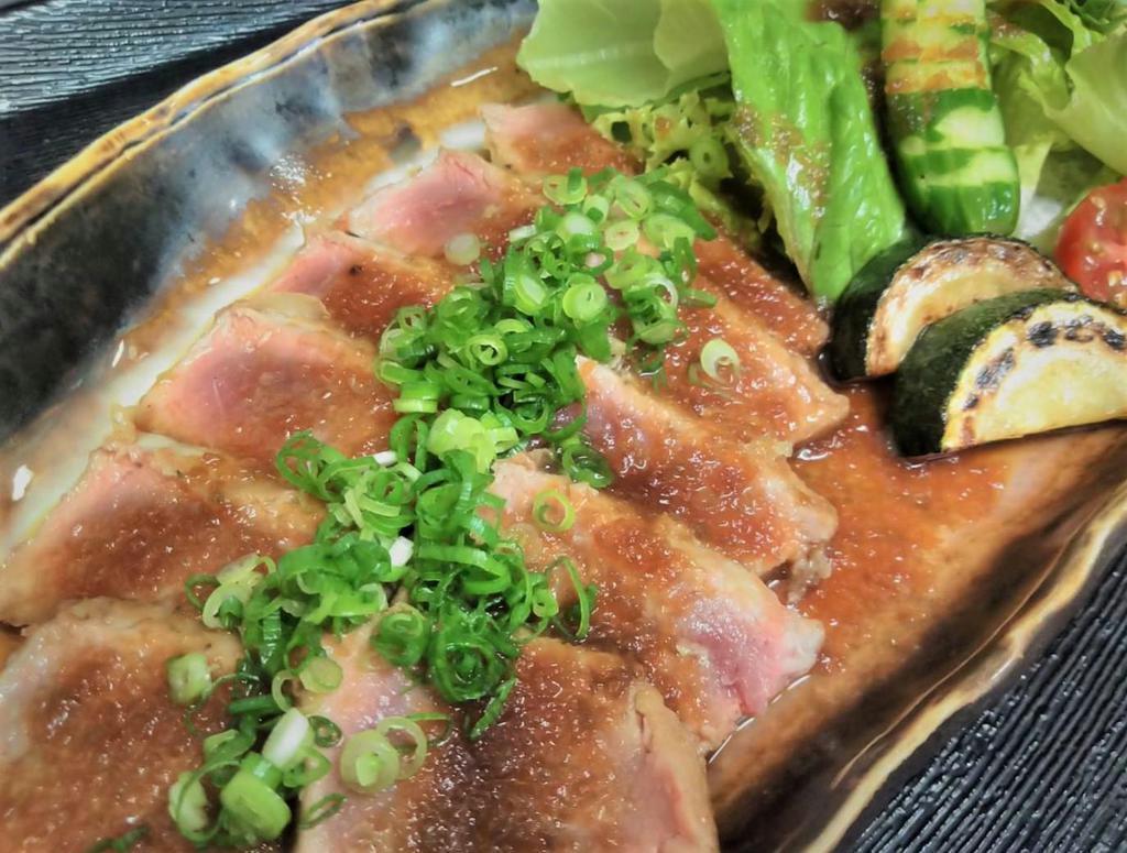 「ジャパン フィッシャーマンズ フェスティバル」で提供される「くじらステーキ」