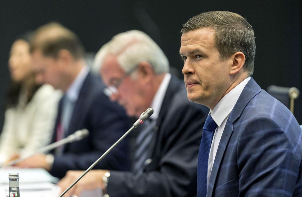 WADAの次期委員長に選ばれたウィトルド・バンカ氏(右端)=7日、ポーランドのカトウィツェ(ロイター)