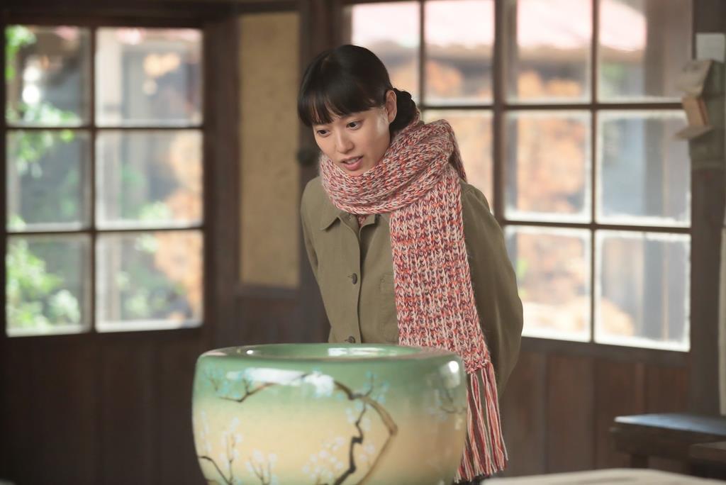 「スカーレット」の一場面(NHK提供)