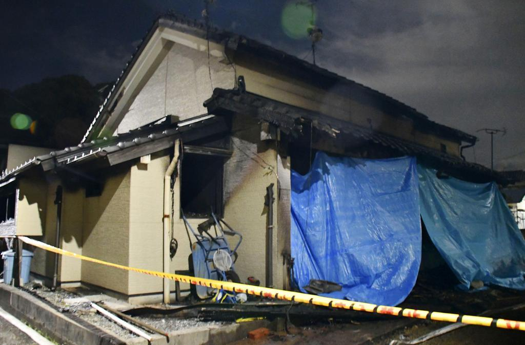 下関、住宅火災で2人死亡 不明の3歳と5歳女児か