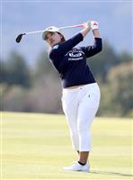 鈴木が2週連続Vで6勝目 TOTO女子ゴルフ最終日