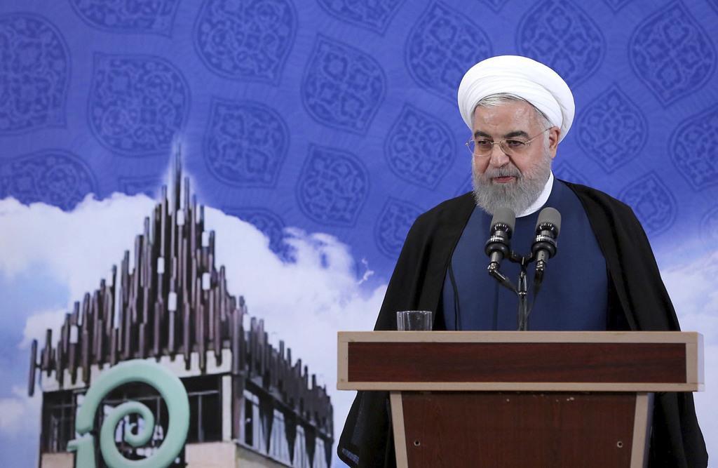 5日、テヘランで演説するイランのロウハニ大統領(同国大統領府提供、ゲッティ=共同)