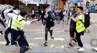 香港で警官が発砲 少なくとも若者1人が負傷