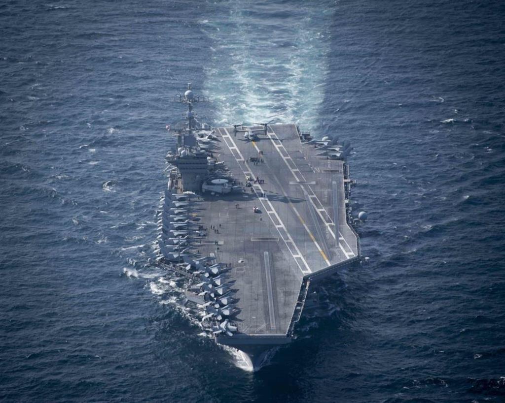 米原子力空母ジョン・C・ステニス(米海軍提供)