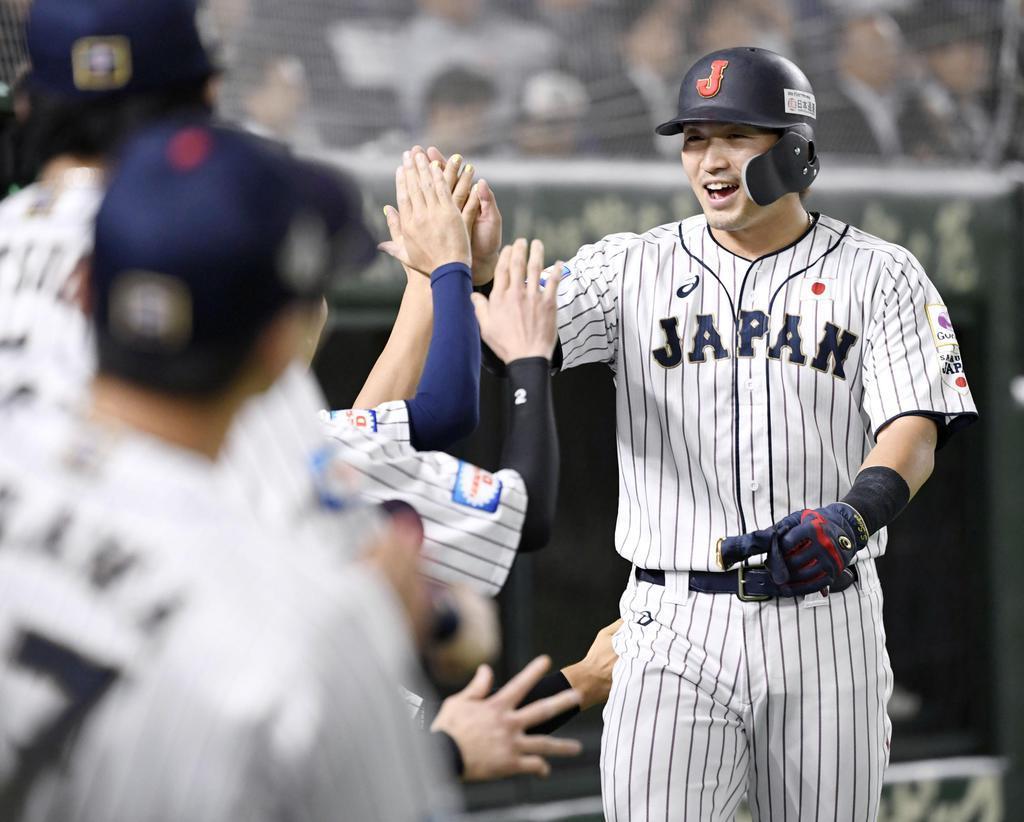 29歳の誕生日の浅村栄斗が適時打 野球プレミア12