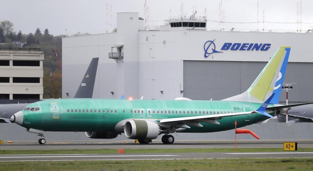 ボーイング、1月運航再開に意欲 737MAX
