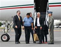 ボリビア前大統領がメキシコに亡命 野党の副議長が暫定大統領就任を宣言