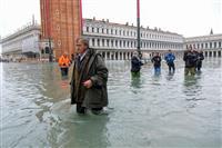 水の都ベネチア、水没の危機 記録的な高潮