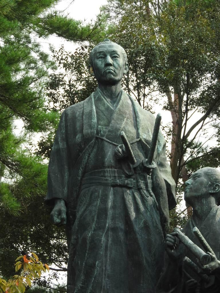 吉田松陰像=山口県萩市の「団子岩」(関厚夫撮影)