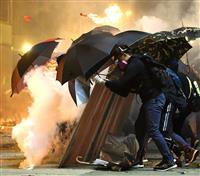 香港、大量の催涙弾でダイオキシン発生 健康被害も
