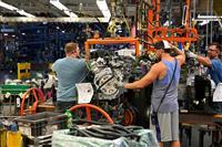 GMがクライスラー提訴 「組合交渉に不正関与」