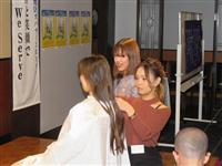 病気の子供を支援 ヘアドネーションの取り組み広がる 大阪