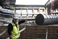 レンジャーズが開閉式新球場公開 来年3月開場へ