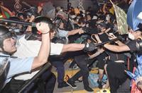 香港、12歳に有罪判決 24日に区議会選挙 中国容認か