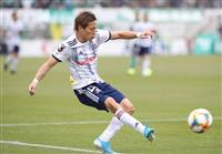 横浜M、仲川弾で今季初首位
