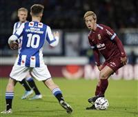 フィテッセ、本田フル出場も逆転負け 監督が辞任表明 サッカー・オランダ1部