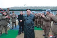 北がミサイル発射警告、安倍首相名指し非難
