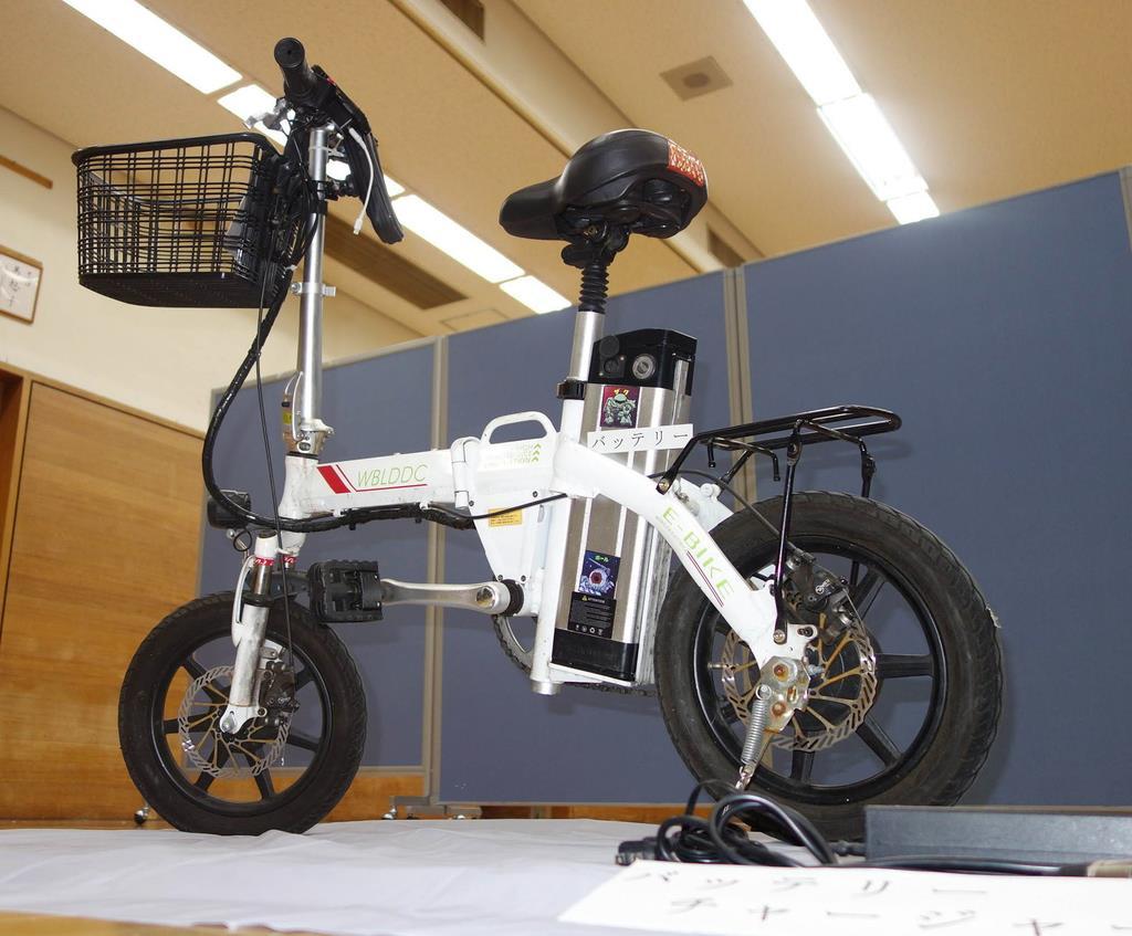 犯行に使用されたペダル付きバイク=大阪市中央区