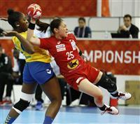 日本がコンゴ退け2連勝 ハンド女子世界選手権
