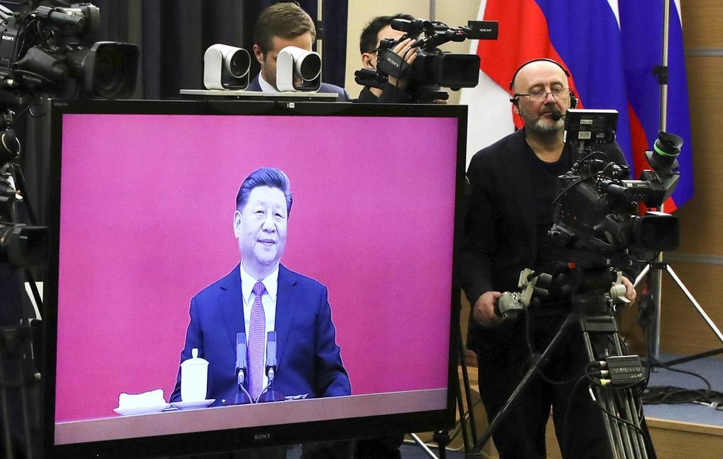 中国とロシアのプロジェクトの一環として建設が進む天然ガスのパイプライン=中国黒龍江省黒河市、10月16日(ロイター)