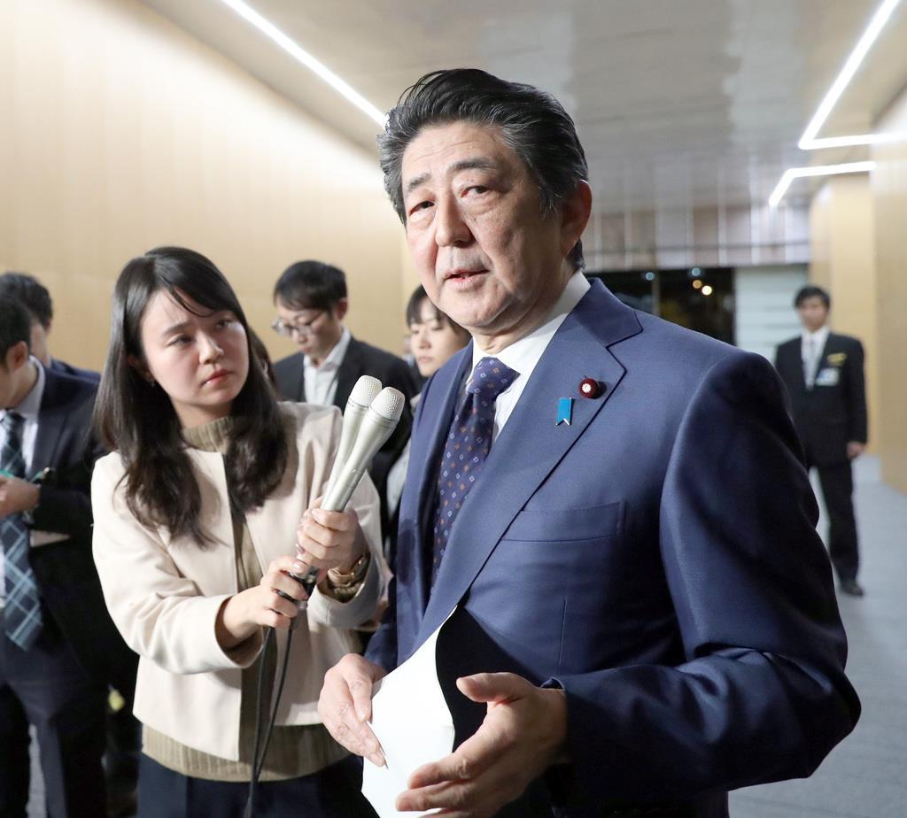 桜を見る会の経緯を説明する安倍晋三首相=11月15日、首相官邸(春名中撮影)