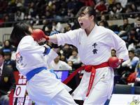 女子団体組手、植草の千葉が4連覇 空手全日本選手権