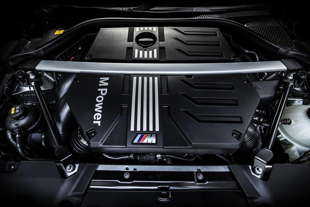 搭載するエンジンは2992cc直列6気筒DOHCツインターボ(510ps/6250rpm、600Nm/2600~5950rpm)。(C)Sho Tamura