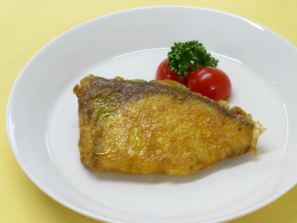 【ひなちゃんパパの家族レシピ】ブリのカレーピカタ