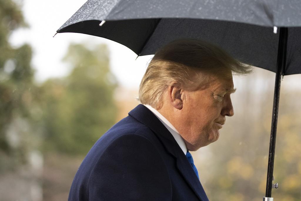 1600億ドル分の対中制裁関税を延期する検討に入ったと報じられたトランプ米大統領(AP)