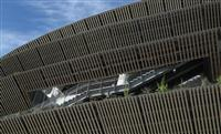 【動画あり】木の香り漂う「杜のスタジアム」 新国立競技場を歩く