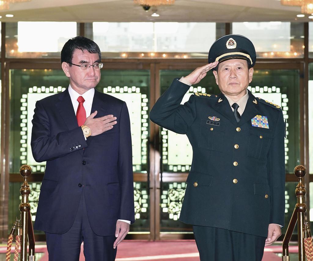 日中防衛相会談 河野氏、挑発止めぬ中国にクギ - 産経ニュース