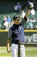 【大リーグ通信】イチローさんが動き出した 草野球はエースで9番