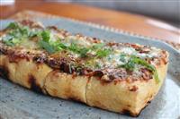 【料理と酒】新潟県・栃尾の油揚げのねぎ味噌チーズ焼き 「グランメゾン東京」のレシピをア…