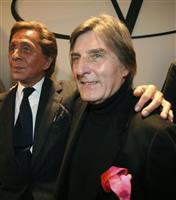 仏の服飾デザイナー、E・ウンガロ氏死去