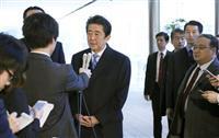 首相、外遊出発前の発言全文 元徴用工問題「韓国がきっかけを」