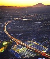 【動画あり】Uターン本格化 関越道で渋滞34キロ 新幹線、空の便もほぼ満席